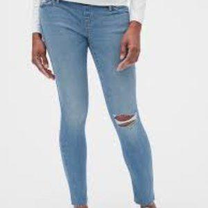 GAP Maternity Soft Wear Denim Skinny Jeans